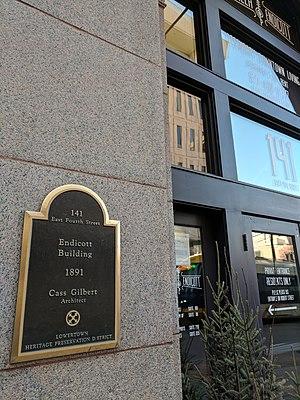 Pioneer and Endicott Buildings - Image: Endicott Building Saint Paul MN Entrance