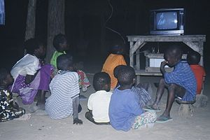 Media of Mali - Children watching television in a village in Mali