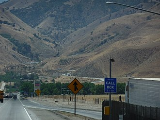 Grapevine, California - The Grapevine, looking south