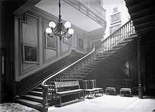 Entrance and hallway Sutton Scarsdale Hall 1919.jpg
