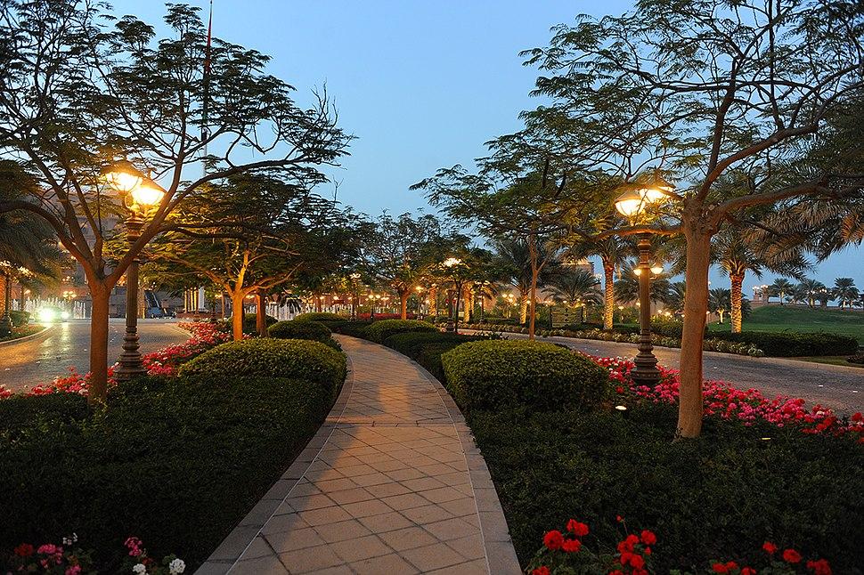 Evening park - panoramio (1)