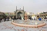 Fatima Masumeh Shrine, Qom 02.jpg