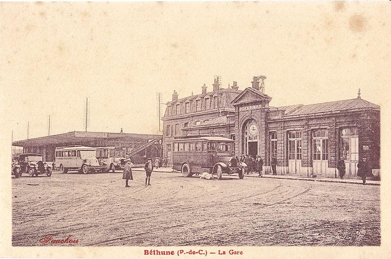 File:Fauchois - BETHUNE - La Gare.jpg