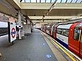 Finchley Road Northbound Platform 2020.jpg