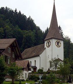 Zürih kantonunda bir köy olan Fischenthal'da bir kilise.
