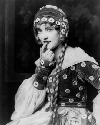 Yolanda (film) - Marion Davies photograph taken by Alfred Cheney Johnston for the film Yolanda