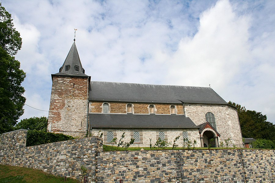 Florée   (Belgium),  the St. Genevieve church (XVII/XVIIIth centuries).