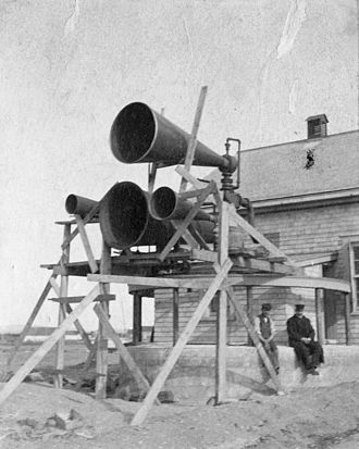 William P. Anderson - Foghorn with experimental trumpets tested near Pointe-au-Père Light, 1903.