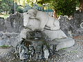 Fontana dell'orso ai Giardini Zumaglini.JPG