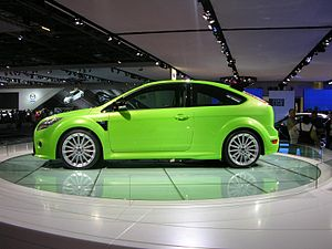 Ford Focus ST - Flickr - The Car Spy.jpg