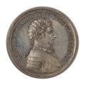 Framsida av medalj med bild av Karl Johan i profil samt text - Skoklosters slott - 99563.tif