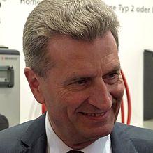 EU-Energiekommissar Oettinger führt Verhandlungen zwischen Russland und Ukraine