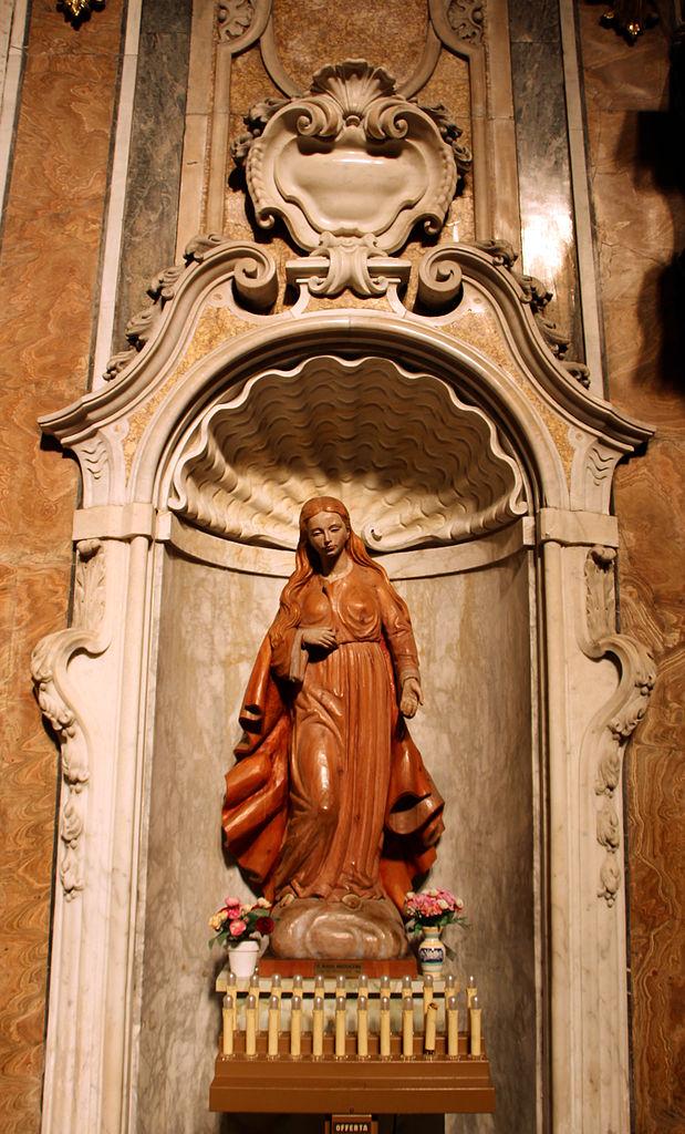A l'intérieur de l'église Santa Maria Maddalena de Gênes - Photo de Sailko