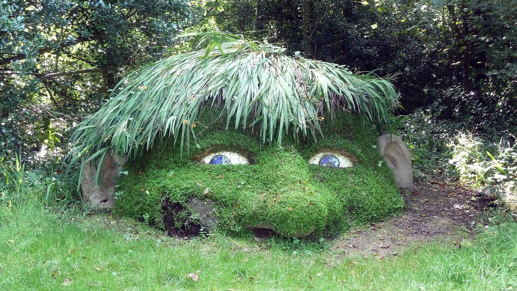 Giant's Head - The Lost Gardens of Heligan (9757690815)