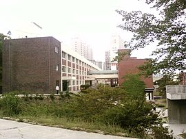Gimcheon High School main building.jpg