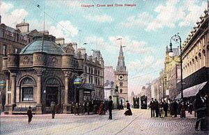 Glasgow Cross - Glasgow Cross looking west along Trongate in the 1900s