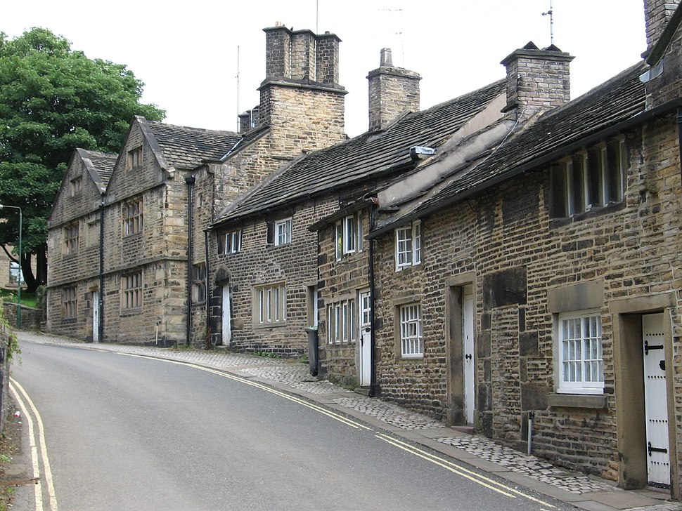 Glossop - houses on Church Street South