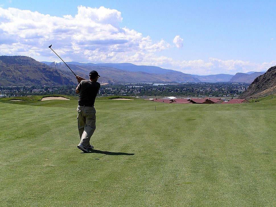 Golf Swing - Sun Rivers