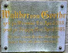 Tafel am Grabe Walther von Goethes in Weimar (Quelle: Wikimedia)