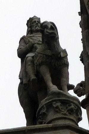 Gradlon - Image: Gradlon statue quimper