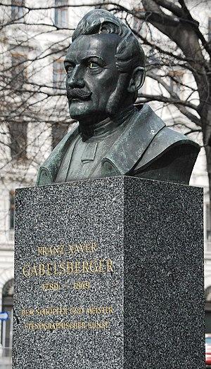 GuentherZ_2010-03-20_0024_Schmerlingplatz_Franz_Xaver_Gabelsberger-Denkmal.jpg