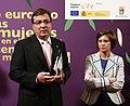 Guillermo Fernández Vara con la ministra de Medio Ambiente, Medio Rural y Marino, Elena Espinosa. (4562249445).jpg