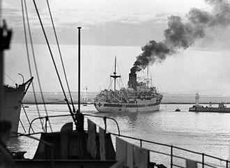 HMHS Newfoundland - HMHS Newfoundland leaving Algiers harbour, 1943.
