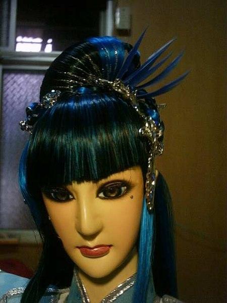File:Handrama doll BlueButterfly head.jpg