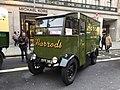 Harrod's Electric Vehicle No. 952 EYT383.jpg