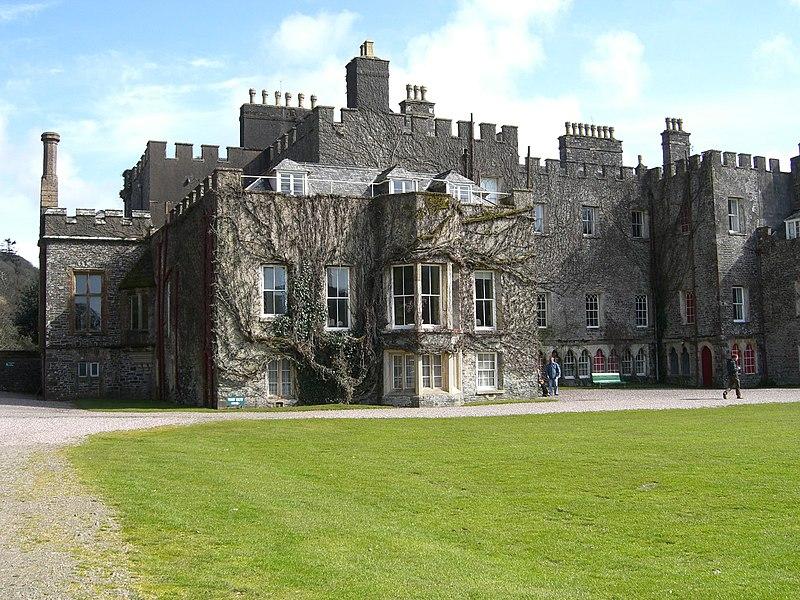 File:Hartland Abbey - panoramio - PJMarriott.jpg