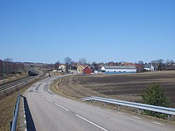 Heberg village with West Coast Line at the left