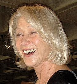 Helen Mirren (cropped).JPG