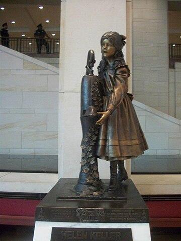 Памятник Келлер в Капитолии США