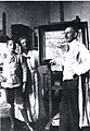 Hermann Wirth im Atelier mit Familie um 1920.jpg