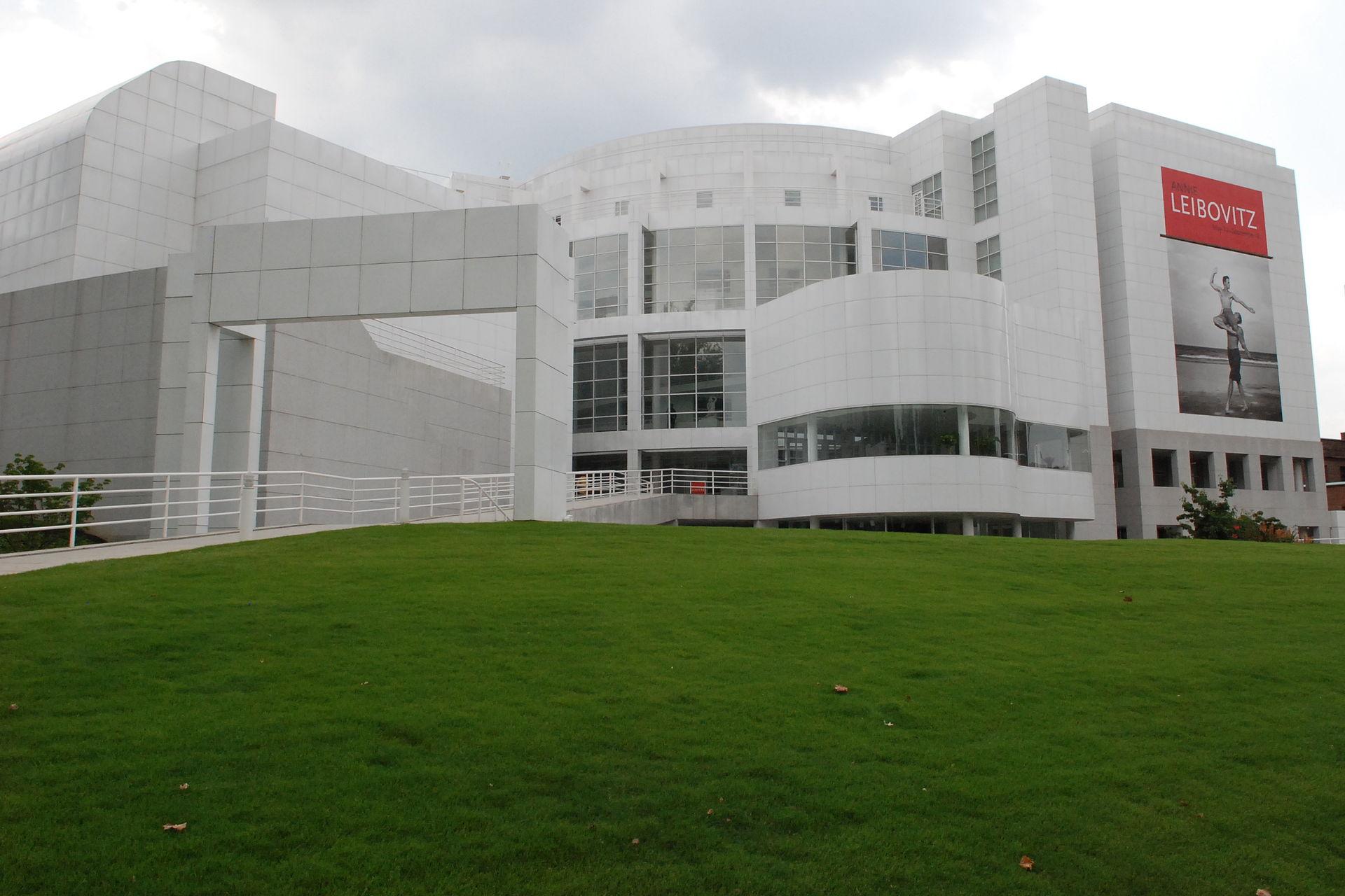 High Museum of Art - Atlanta, GA - Flickr - hyku (11).jpg