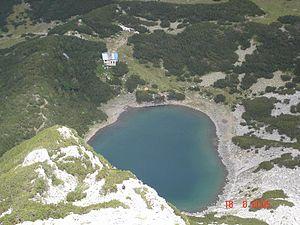 Sinanishko Lake - Image: Hija Sinanitsa