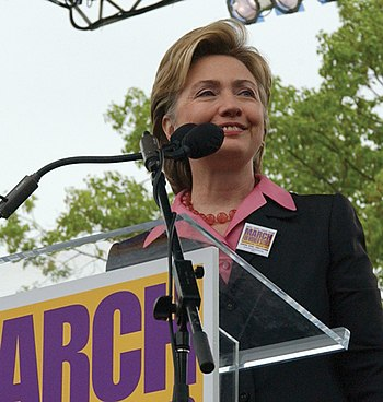 Hillary Clinton at the 2004 March for Women's ...