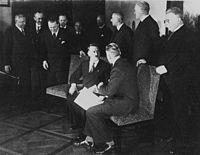 HitlerYSuGobierno1933.jpeg