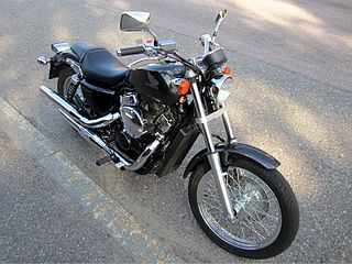 Shadow VT 750