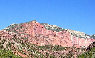 Geology of the Zion and Kolob canyons area - Image: Horse Ranch Mountain 1