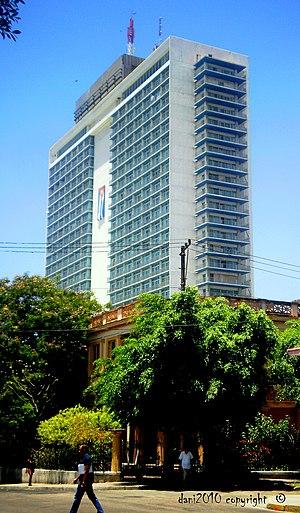 Hotel Tryp Habana Libre - Image: Hotel «Habana Libre», especialmente emblemática la suit nº 124 (si no recuerdo mal) panoramio