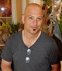 Howie Mandel. From Wikipedia ... d839f01a9