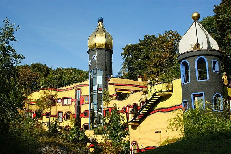 File:Hundertwasserhaus.JPG