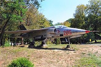 IAR-93 Vultur - Image: IAR 93 Arsenal Park