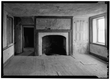 INTERIOR, FIREPLACE WALL WITH CUPBOARD AND OPENED FIREPLACE - Thomas Massey House, Lawrence and Springhouse Roads (Marple Township), Broomall, Delaware County, PA HABS PA,23-BROOM.V,1-14.tif