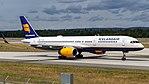 Icelandair Boeing 757-200 (TF-ISF) at Frankfurt Airport.jpg