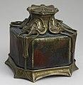 Inkwell (France), ca. 1890–1900 (CH 51685077-2) (cropped).jpg
