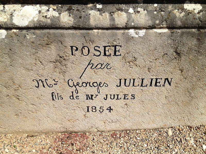 Inscriptions sur l'église Saint-Jean-Baptiste de Saint-Jean-de-Niost