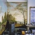 Interieur rechter voorkamer, geschilderde behangsels, na restauratie - Deventer - 20337650 - RCE.jpg