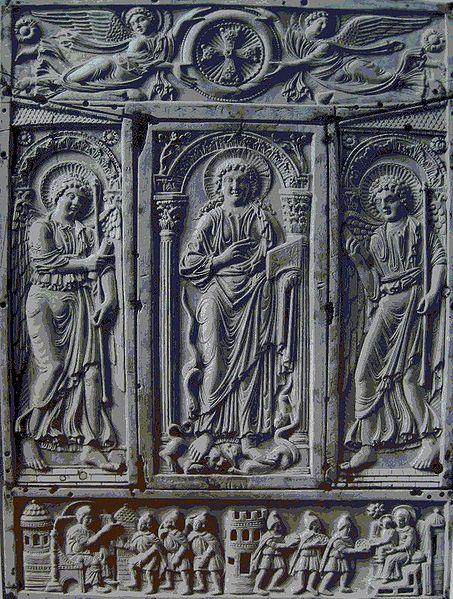 capa do Marfim volta dos Evangelhos Lorsch, c.  810, Carolingian.jpg